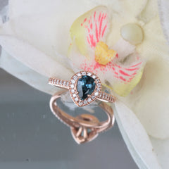 teal sapphire rose gold ring