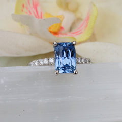 Blue Sapphire Platinum Ring with 2.7ct Radiant Cut Blue Sapphire