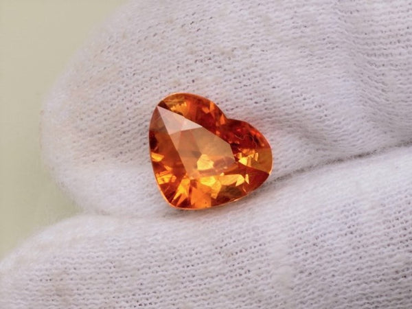 Golden Orange Heart Sapphire 3.35cts