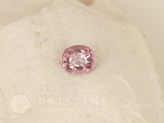 Pink Purplish Spinel Oval Loose Gemstone for Engagement Ring