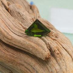 natural green tourmaline for pendant