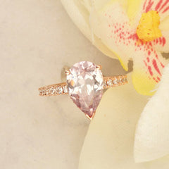 pear shape lavender pink champagne sapphire in rose gold ring