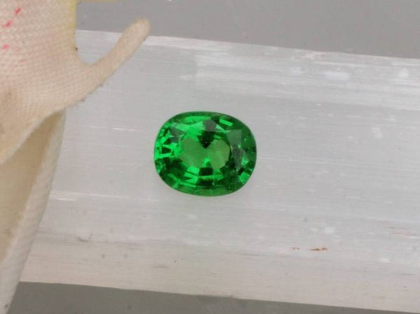 Tsavorite Garnet 1.05ct Cushion Cut