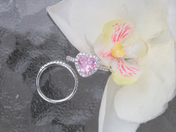 Heart Shaped Diamond Halo Semi Mount Bridal Set Main Stone Sold Separately