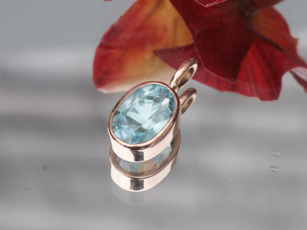 Aquamarine Pendant in 14k Rose Gold Made with 2.5ct Aquamarine