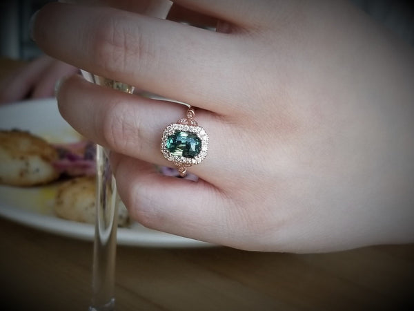Blue Green Sapphire Art Deco Rose Gold Ring with 3.08ct Sapphire
