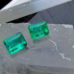 emerald pair for earrings