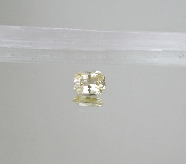 Radiant Cut Champagne Yellow Sapphire 3.87 cts Loose Sapphire for Gemstone Engagement Ring Weddings Anniversary