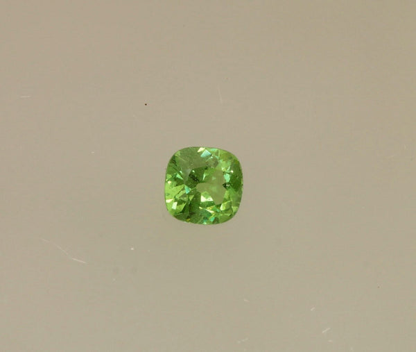 Tsavorite Green Garnet Square Cushion Shape Loose Gemstone January Birthstone for Fine Gemstone Jewelry