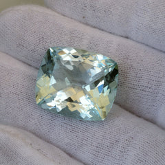 fine aquamarine cushion shape for pendant
