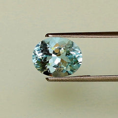 natural loose oval aquamarine