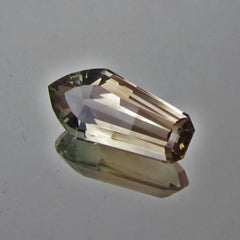 Oregon Sunstone Unique Loose Gemstone Over 8 Carats for Jewelry Pendant or Collector Piece