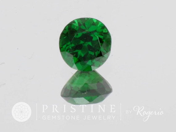 Tsavorite Green Garnet Round Shape  January Birthstone Top Quality Gemstone for Engagement Ring or Anniversary Ring