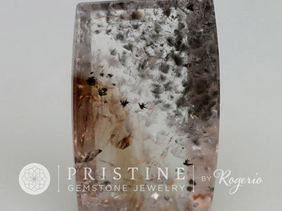 Unique Gemstone Collector Piece Quart Over 45  Carats Quartz  Rutile Needles Cushion Shape