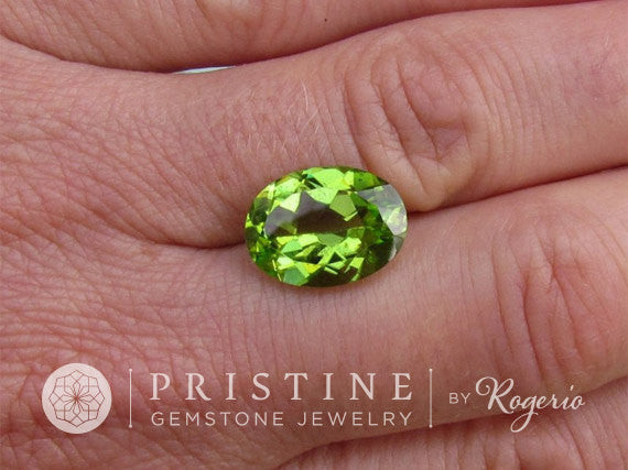 Peridot Oval Shape over 5cts August Birthstone for Engagement Ring or Pendant