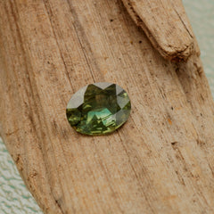 wholesale green sapphire precision cut loose gemstone