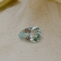 loose pear shape aquamarine