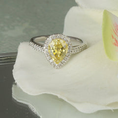 custom diamond halo ring
