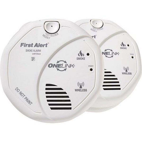 first alert onelink wireless battery operated smoke alarm with voice location. Black Bedroom Furniture Sets. Home Design Ideas