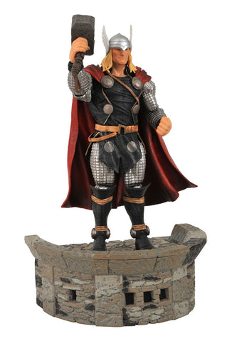 Diamond Select Toys Marvel Select: Thor Action Figure - Chickadee Solutions - 1