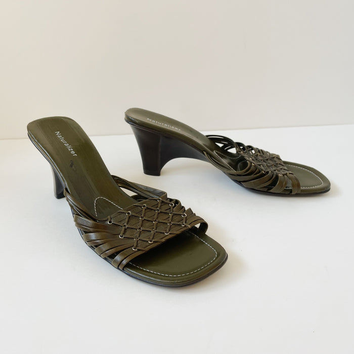 Vintage Olive Leather Wedge | Size 10