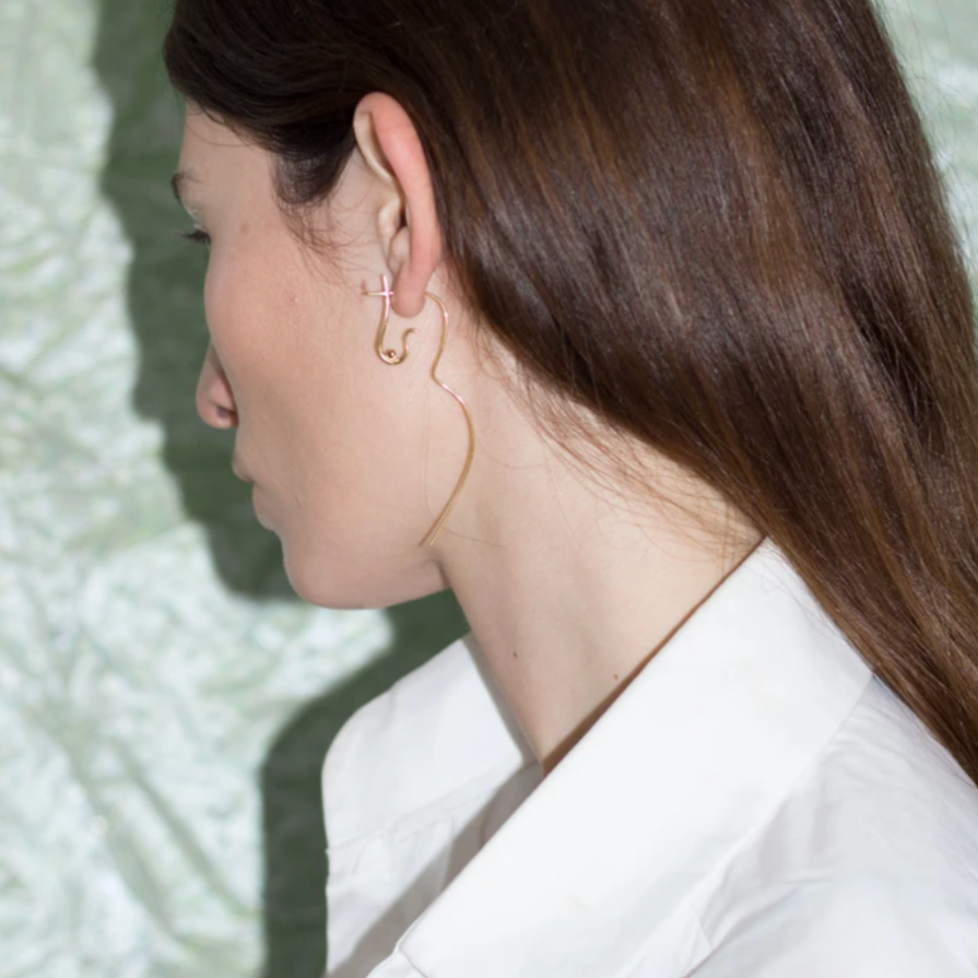 Knobbly Studio: Flowing Nude Earring