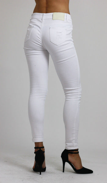 Womesn White Knee Ripped Skinny Jeans size 12