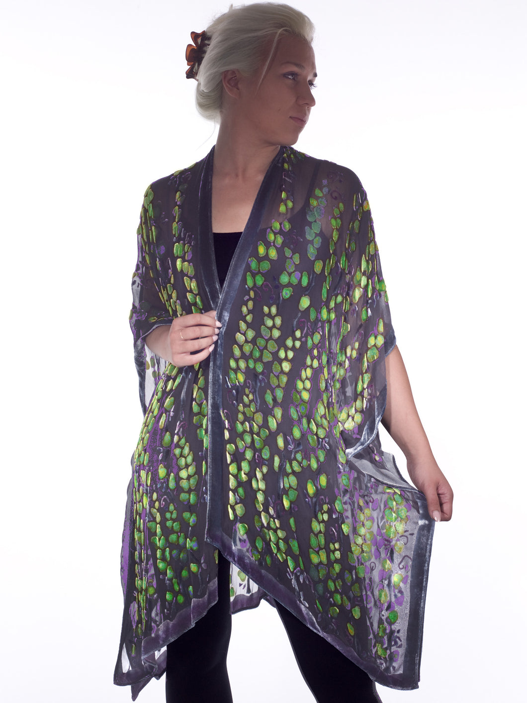 Velvet Kimono in Black with Green