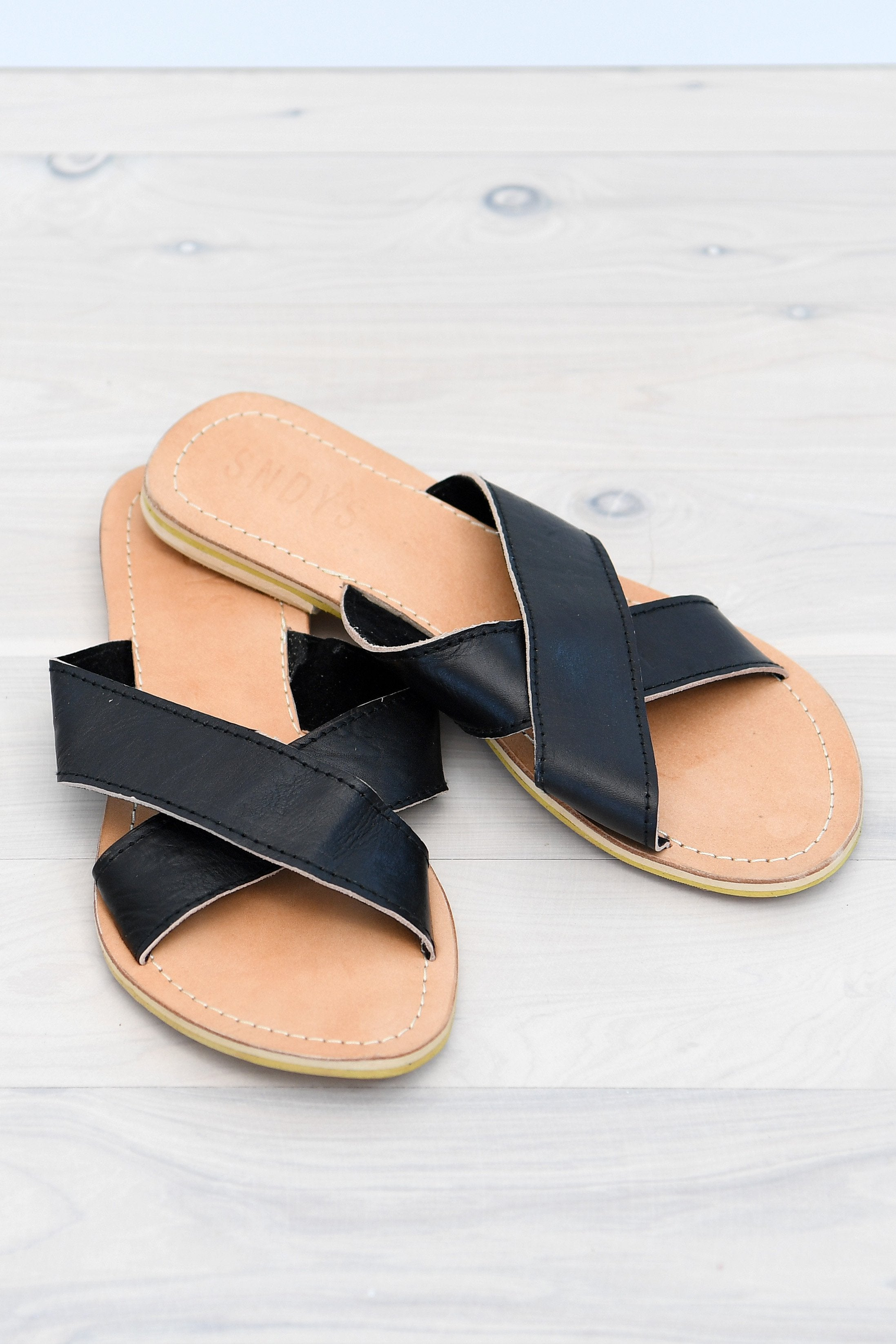 PAXTON SLIDES - BLACK