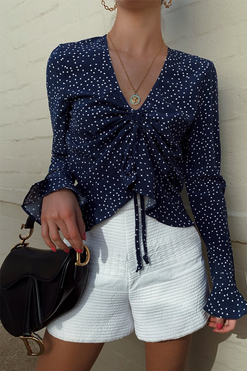 DETAILS TOP - NAVY POLKA DOT