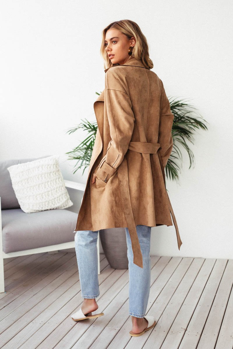 JOHNA SUEDE SHORT COAT - TAN