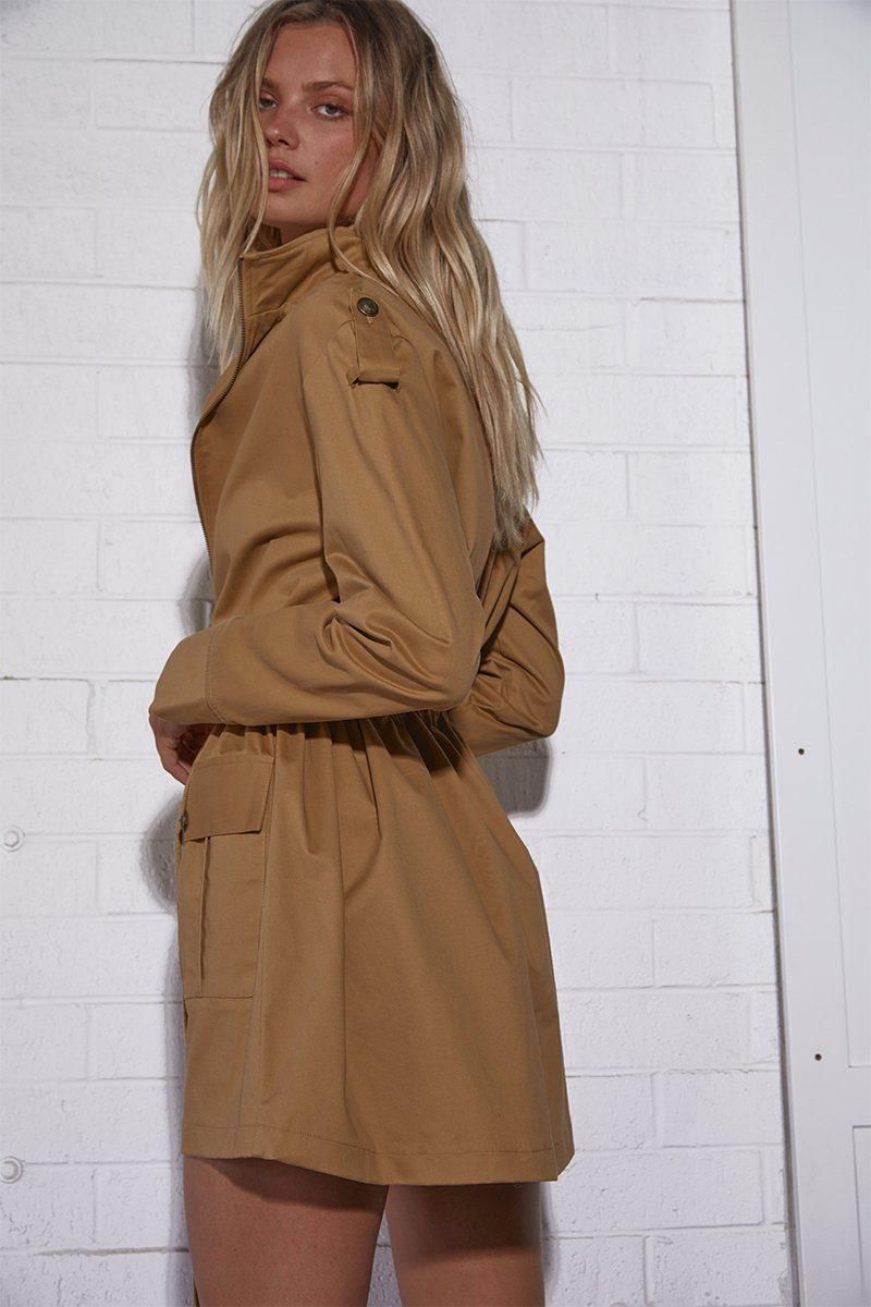 KENDALL MILITARY DRESS - TAN