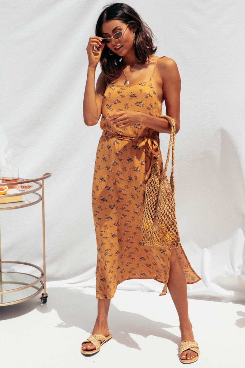 OMARA DRESS - CARAMEL