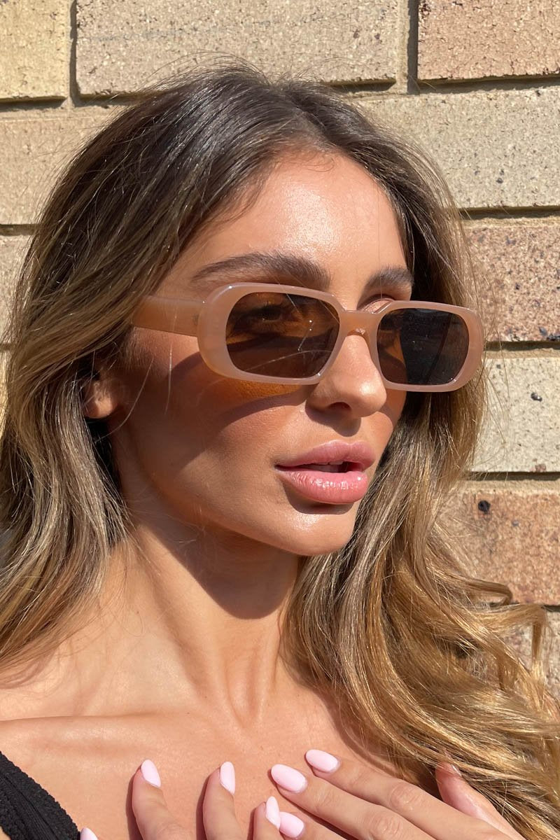 THE MALIBU SUNGLASSES- DARK NUDE