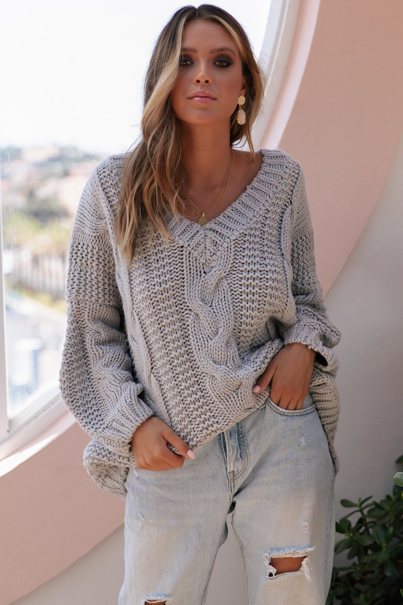 QUE KNIT - GREY - PREORDER