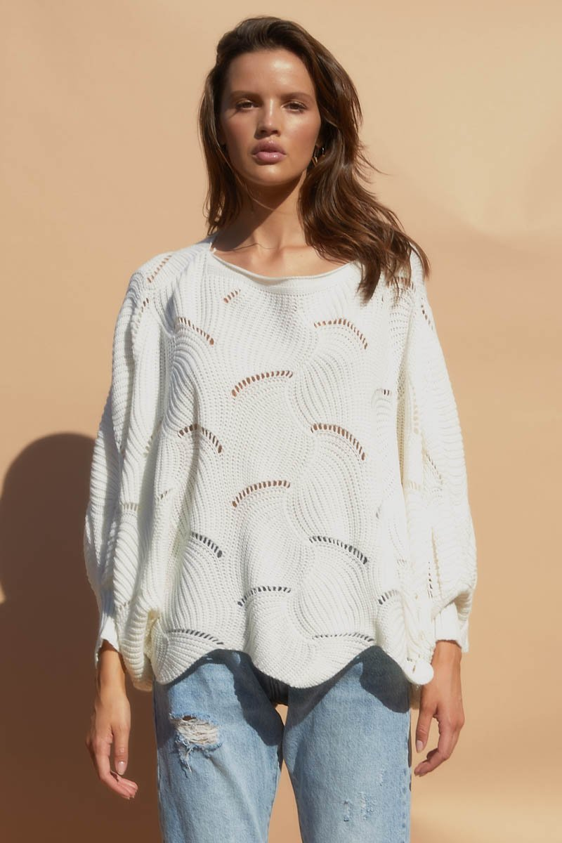 SCALLOP KNIT TOP - WHITE