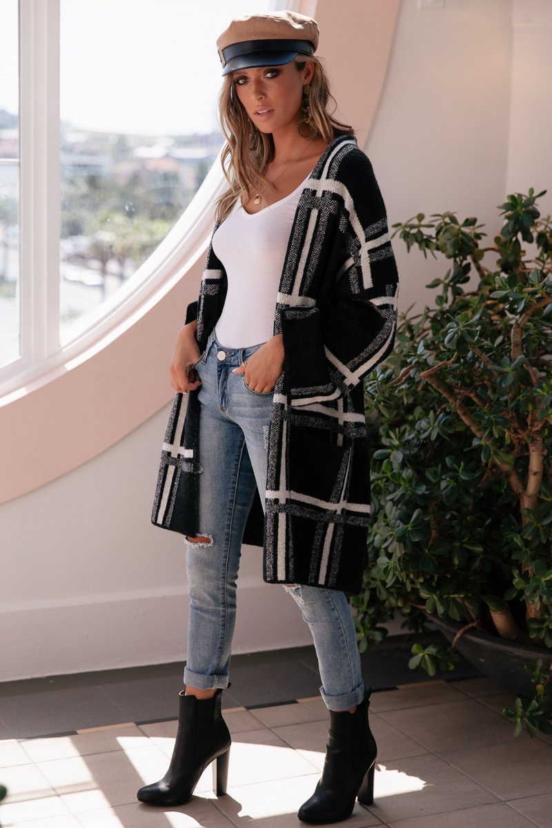 TALULAH OVERSIZED KNIT - BLACK CHECK