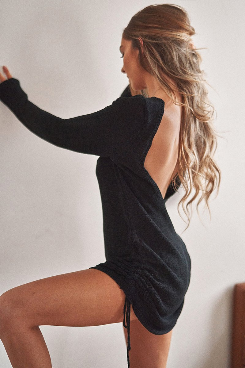 TURN BACK TIME KNIT DRESS - BLACK