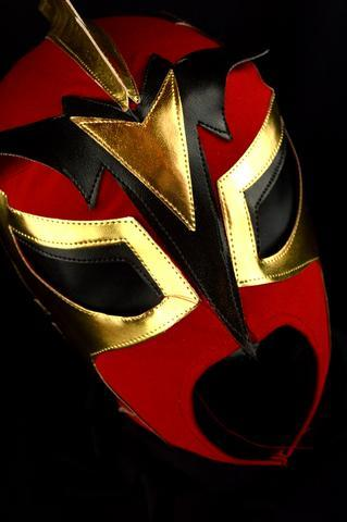 Atlantis | Black & Red | Lucha Libre Mask