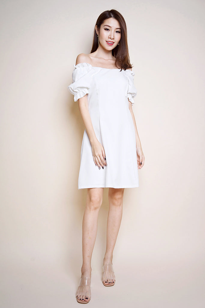 Zoe Ruched Sleeved Dress - White [XS/S/M/L]