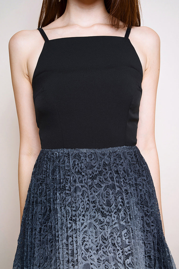 Lotte Lace Ombre Pleated Dress - Black/Grey [S/M/L/XL]