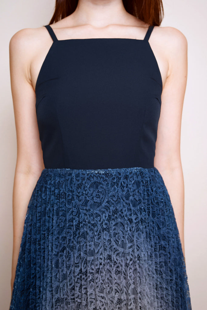 Lotte Lace Ombre Pleated Dress - Navy/Blue [S/M/L/XL]