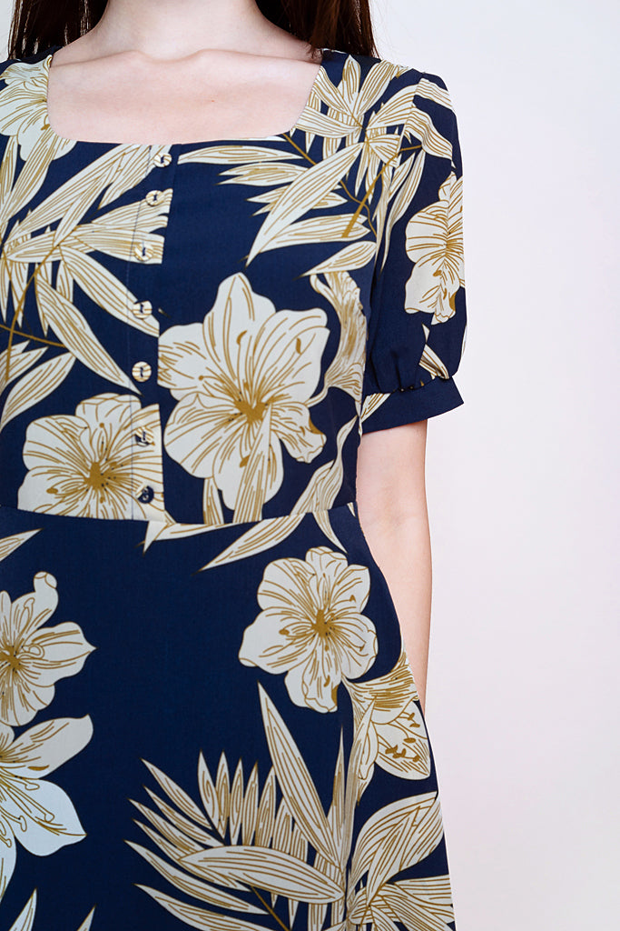 Carol Outline Floral Puffy Sleeved Dress - Navy [XS/S/M/L/XL]