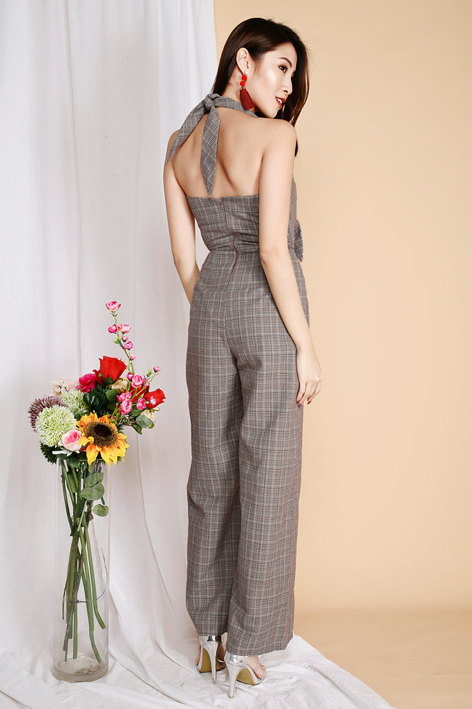 Stace Business Plaid Halter Jumpsuit - ( S / M / L )