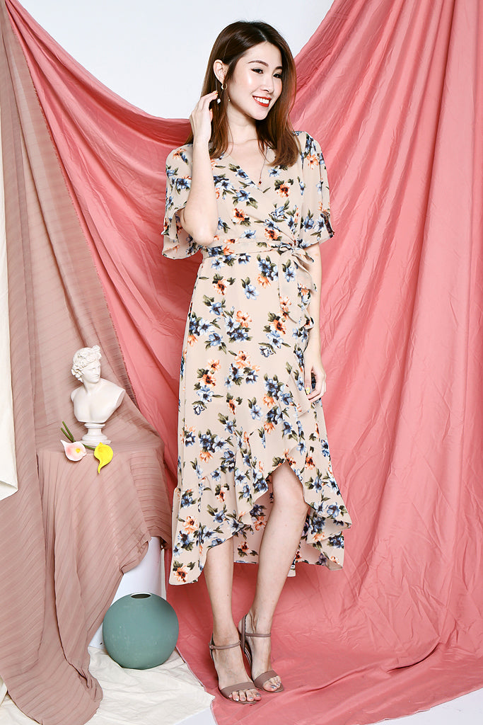 Cherie Floral Maxi Wrap Dress - Beige [S/M/L/XL]