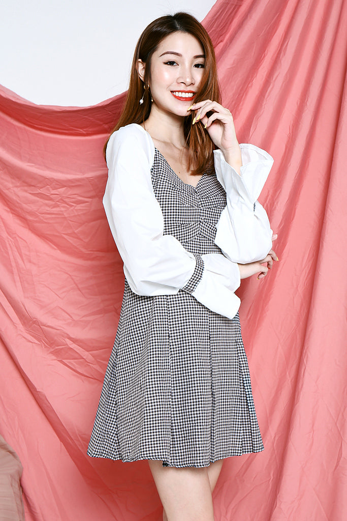 Ava Gingham Sleeved Dress - S/M/L