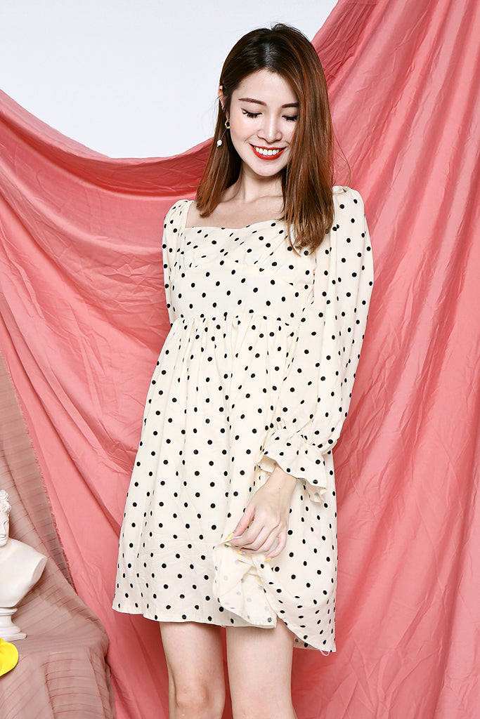 Reese Polka Dot Frill Sleeved Dress - [S/M]