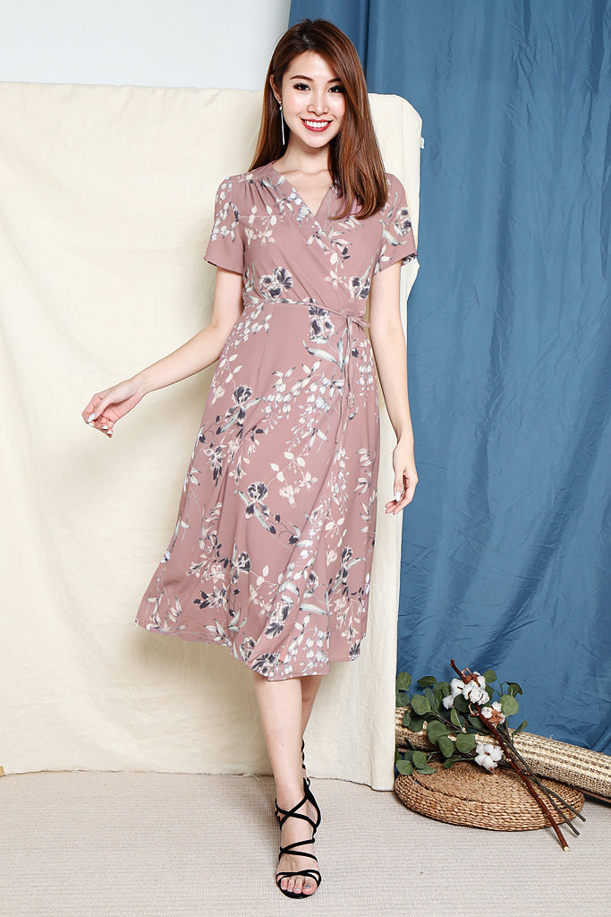 Shye Floral Wrap Dress - Dust Pink [S/M/L/XL]