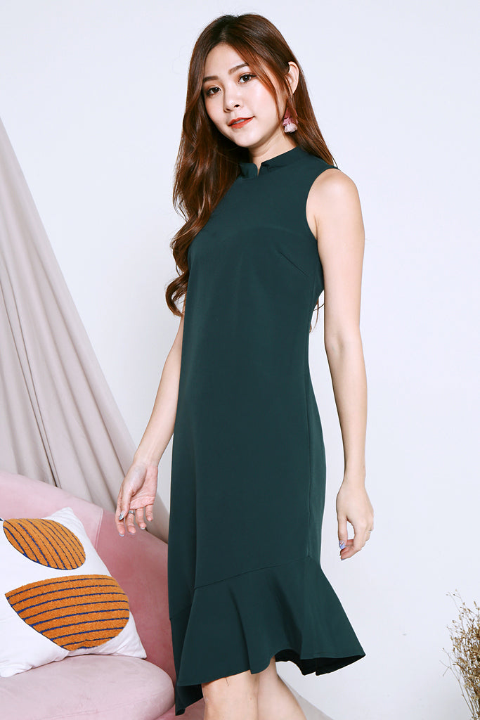 Scarlett Detachable Collar Ruffle Hem Dress - Forest [XS/S/M/L/XL]