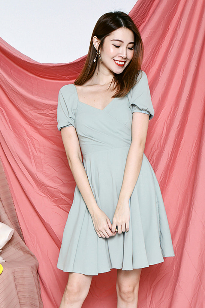 Amaya Sweetheart Dress - Sage Green [S/M/L]